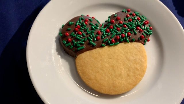 Epcot Holiday cookie