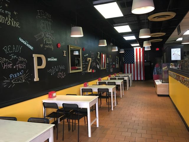 Kings Pizza interior