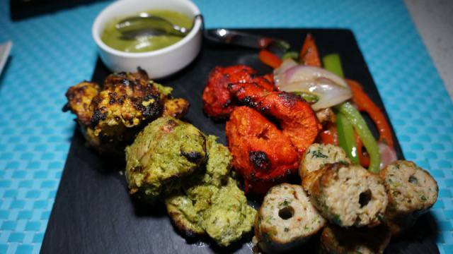 Tabla kabob platter