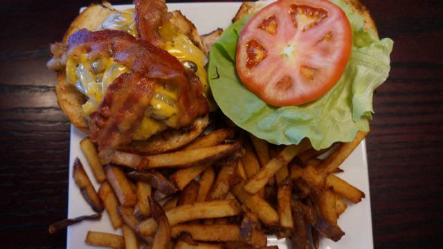 Taproomgrille burger